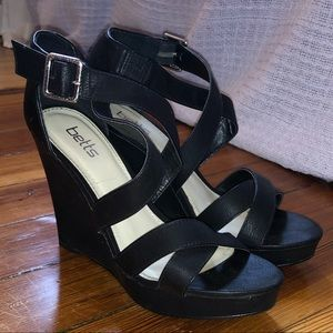 Faux leather black wedges- Betts size 7